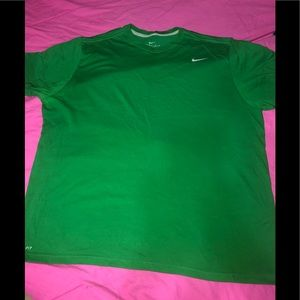 💚 Men's Nike Dri-Fit T-shirt 💚